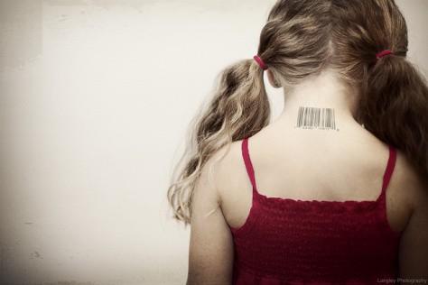 1375819786-girl-barcode